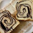 くるみ入りチョコマーブル食パン
